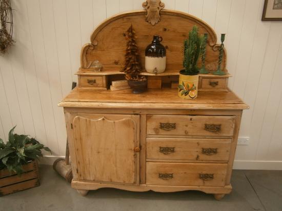 Katikati, Νέα Ζηλανδία: antiques...