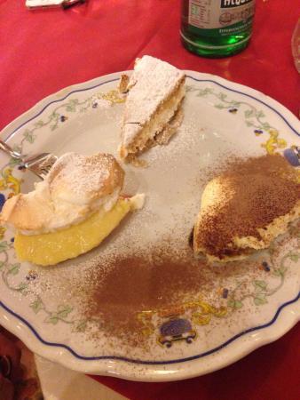 Tris di dolci e antipasto picture of attila genzano di for Dolci tipici di roma