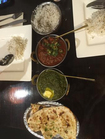 Albury, Australia: Garlic naan, palak paneer, beef vindaloo, caraway rice