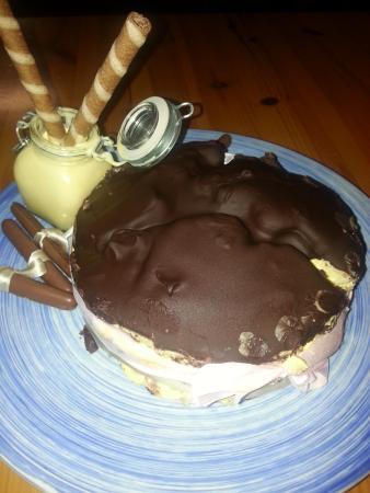 Brisighella, Italia: torta di compleanno