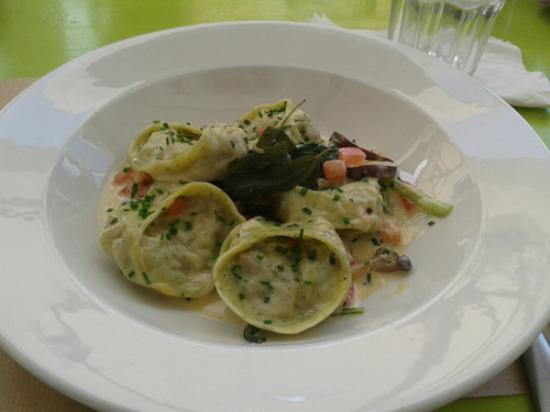 Graze Slow Food Cafe: Delicious pasta