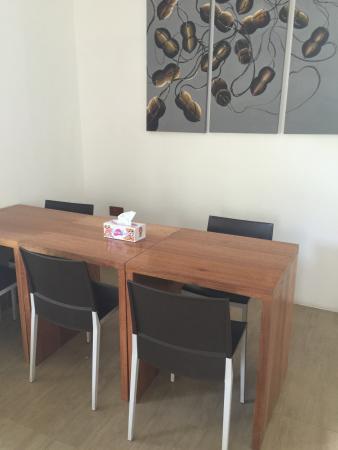 Guraidhoo: Dining area
