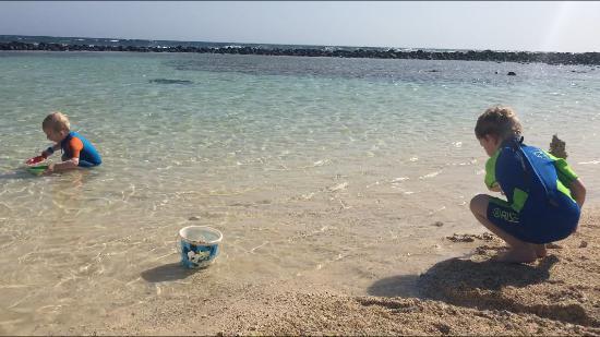 Praia de Santa Maria: Billede af den øde strand med roligt vand
