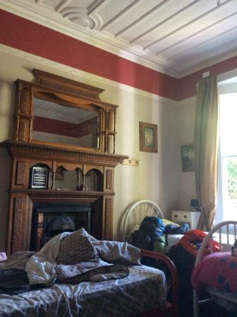 The Palace Backpackers: Dickens room