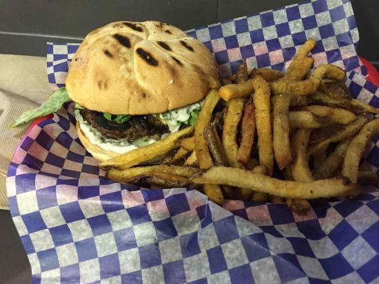 Barpa Bill's Souvlaki: the basic barpa burger and chips. very tasty