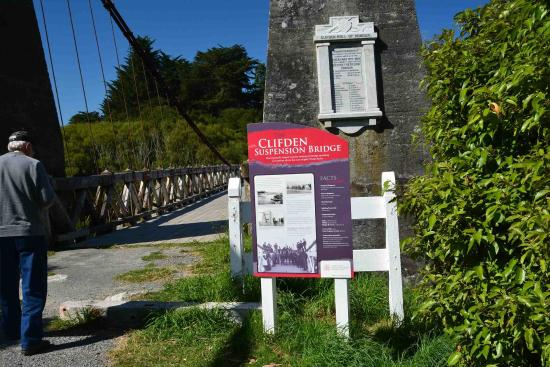 Tuatapere, Nova Zelândia: Plaque about the bridge