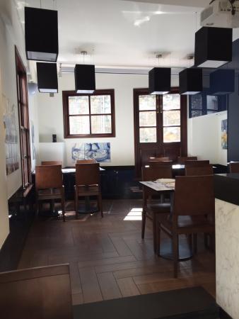 Cervejaria Portugalia - ground floor seating