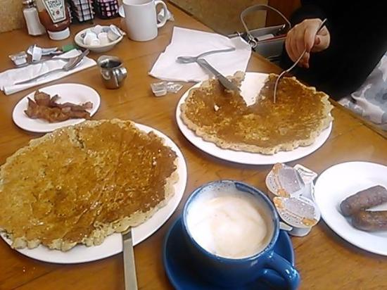 Flagler Beach, FL: Fat Tuesday Pancakes at HiTulip Cafe