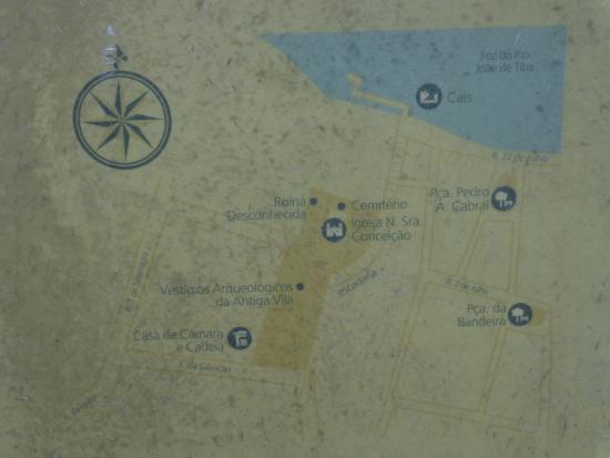 Santa Cruz Cabralia, BA: Mapa da área da Igreja, ruínas e câmara/cadeia.