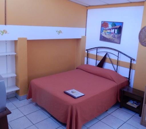 Hotel La Pyramide: a standard double room (on the ground floor)