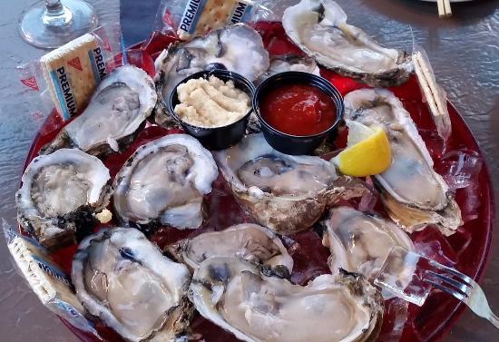 Palmetto, FL: James River Oysters - Second dozen (compare to 1st dozen)