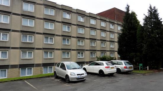 Bramhope, UK: Good parking facilities