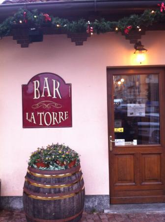 Addobbi Natalizi Bar.Sempre L Esterno Con Gli Addobbi Natalizi Picture Of Bar La Torre Candelo Tripadvisor