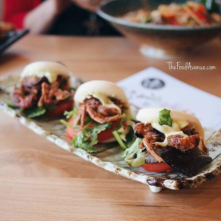 Greater Canberra, Australia: Soft Shell Crab Buns © The Food Avenue