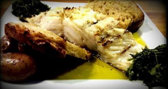 Alenquer, Portugal: Bacalhau da Islândia na Brasa -Iceland Codfish