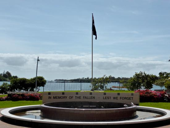 Tweed Heads, Australia: Chris Cunningham Park, ANZAC Memorial Fountain