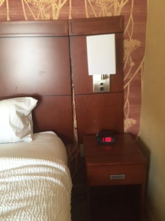Sandston, VA: Disintegrating Headboard in Room 100