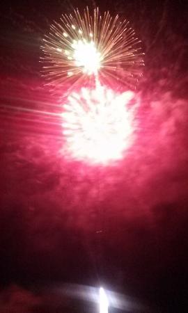 Maynardville, TN: Fireworks.