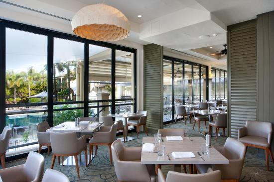 Restaurant Dining At Mercure Gold Coast Resort