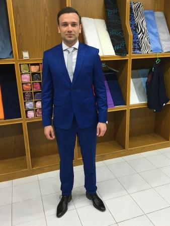 بوفت, تايلاند: Slim fit cashmere wool suit