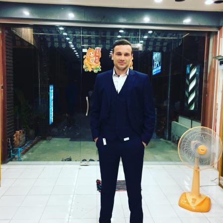 بوفت, تايلاند: Slim fit suit