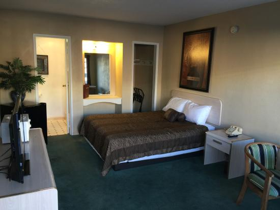 Photo of Discovery Inn Grants Pass