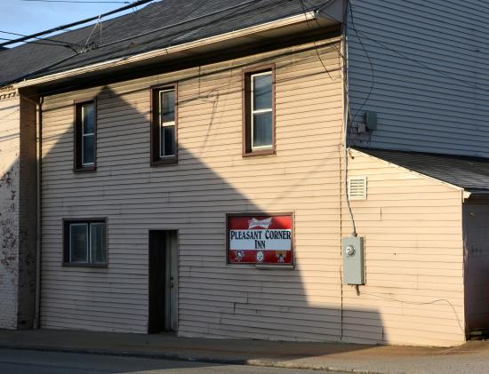 Latrobe, PA: Local Neighborhood Bar