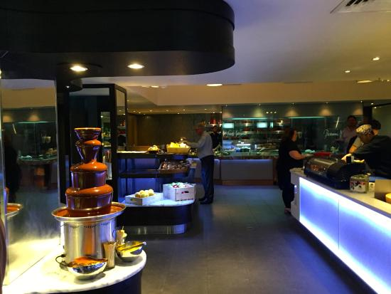 chocolate fountain picture of eight restaurant at cordis auckland rh tripadvisor co nz