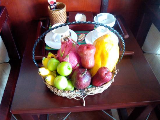 Amaryllis Resort & Spa: Комплимент от отеля раз в три дня