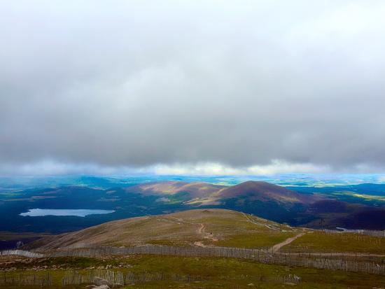 Aviemore, UK: Breathtaking view from the top...