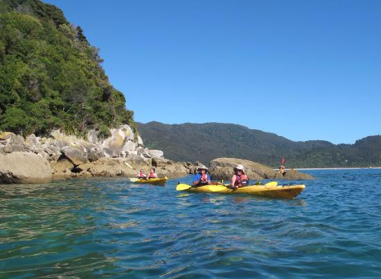 Abel Tasman National Park, Nueva Zelanda: Kayaking around Tonga Island