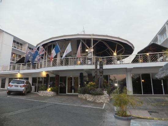 The Melanesian Port Vila: hotel outside view