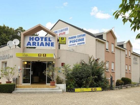 Жуэ-ле-Тур, Франция: Hôtel
