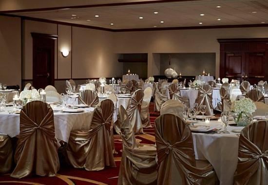 Hebron, Kentucky: Ballroom - Wedding Setup