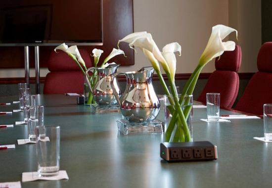 วินด์เซอร์, คอนเน็กติกัต: Executive Boardroom