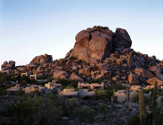 Boulders Resort & Spa, Curio Collection by Hilton: Boulders Resort - Casita View