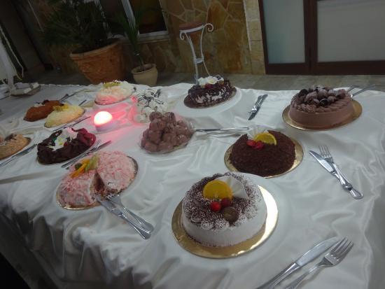 Buffet Di Dolci Battesimo : Bastardella in cucina organizzare un battesimo in giardino il