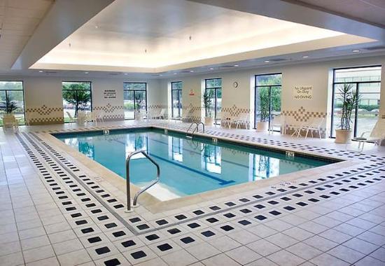 Billerica, MA: Indoor Pool