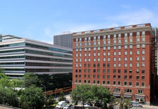 Photo of Renaissance Savery Hotel Des Moines