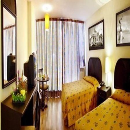 Hotel Del Angel: Deluxe 2 Double Beds