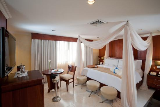 Hodelpa Gran Almirante Hotel & Casino: Honeymoon Suite Imperial