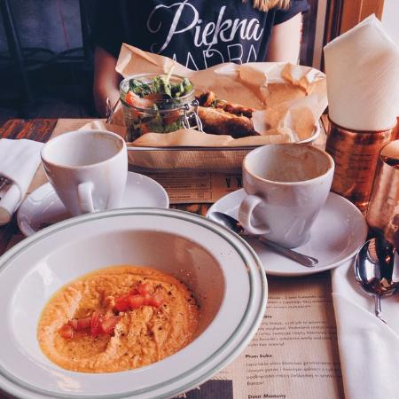 Bielsko-Biala, Polonia: Hummus & coffee