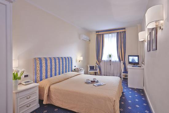Hotel Napoleon: Double