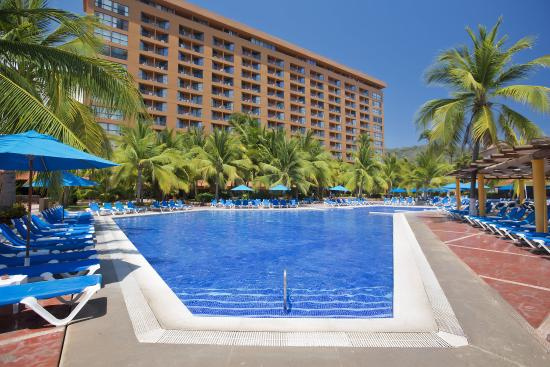 Hotel Barcelo Ixtapa Beach Resort: VISTAEDIFICIO