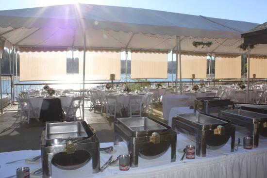 Bass Lake, CA: Cabana banquet buffet setup