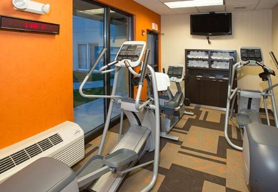 Raynham, MA: Fitness Center - Cardio Equipment