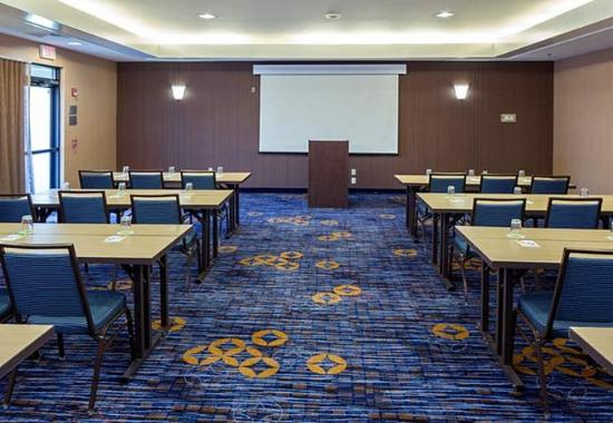 Raynham, MA: Meeting Room A