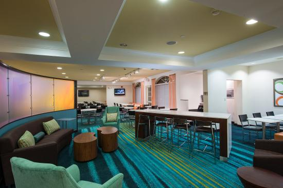 SpringHill Suites Williamsburg: Lobby Lounge