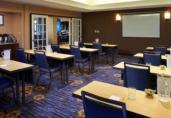 Utica, MI: Meeting Room