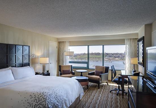 Renaissance Baltimore Harborplace Hotel: King Guest Room - Harbor View